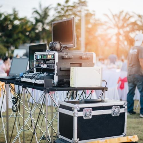 webcasting anywhere, outdoor music party